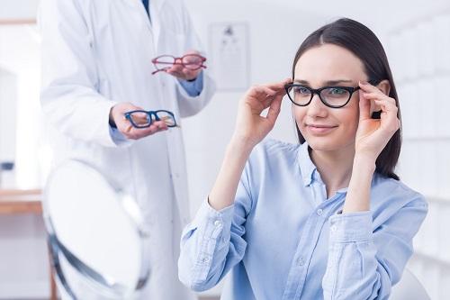 aller voir un opticien